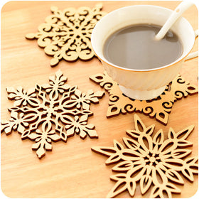 High Quality Snow Christmas Placemats For Table Non-slip Heat Resistant Mat Cushion Cup Mats Coaster Kitchen Accessories - HomeBazar.pk - 1