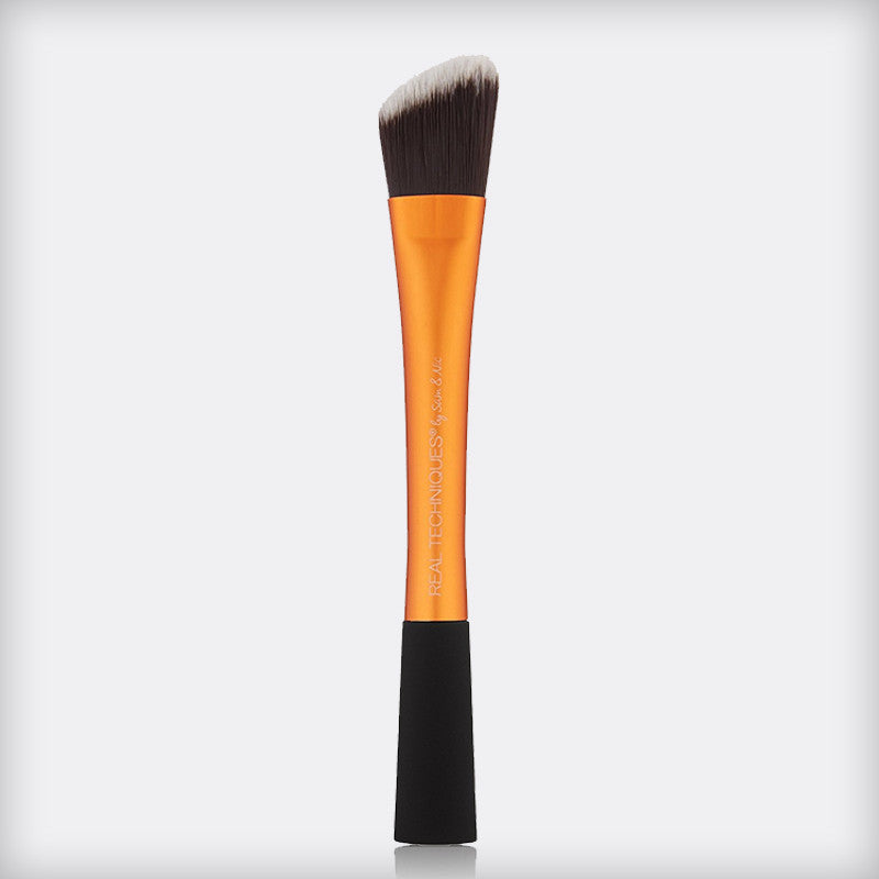 Real Techniques Foundation Brush Online in Pakistan