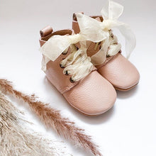 Load image into Gallery viewer, 'Vintage Pink' Derby Baby Booties