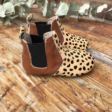 Load image into Gallery viewer, 'Beau 2' Cheetah print ponyhair leather baby chelsea boots