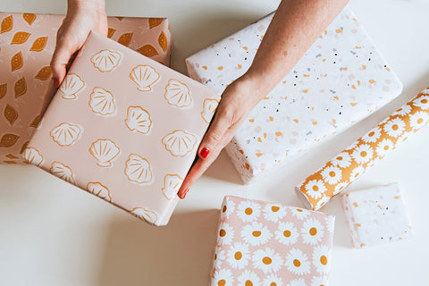 Sea Shell Wrapping Paper
