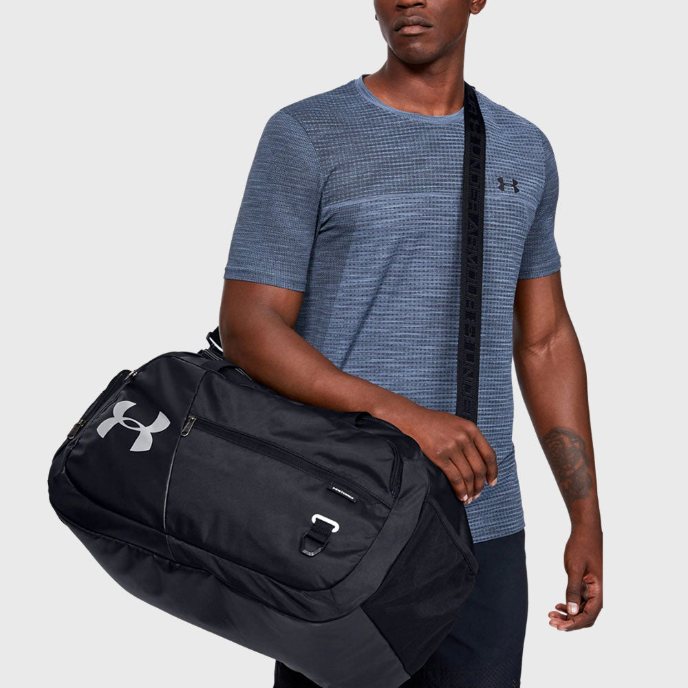 Undeniable 4.0 Medium Duffle Bag Black - First XV rugbystuff.com