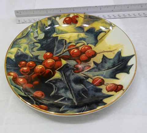 Vintage style christmas plates