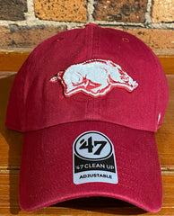 Arkansas Razorbacks clean up hat