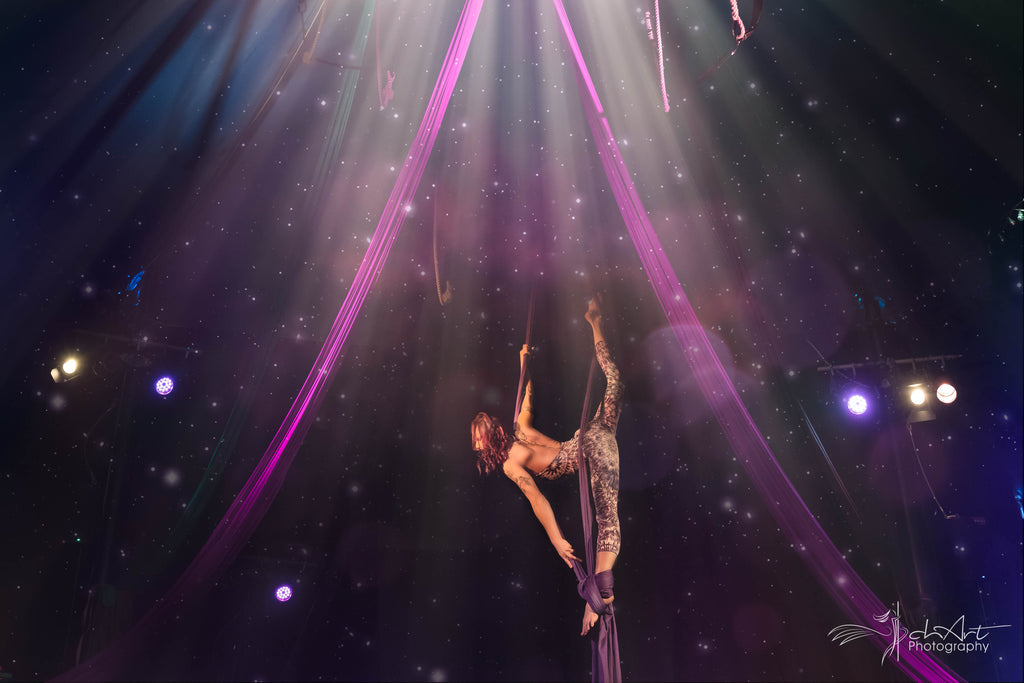aerial silks classes by studio lift off frankfurt flexmonkey polewear