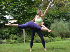 the most fun acro yoga workshop in the Netherlands at the flexmonkey paldan camp