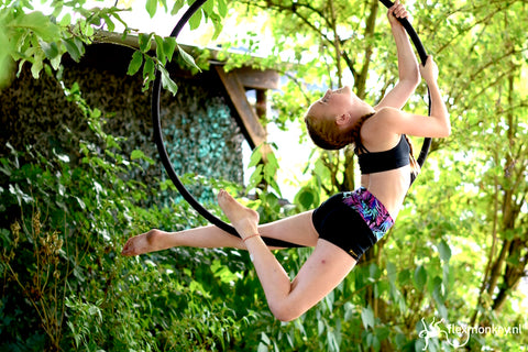 aerial hoop lyra workshop kids event paaldanskamp kinderen Flexmonkey polewear Janne Jacobs