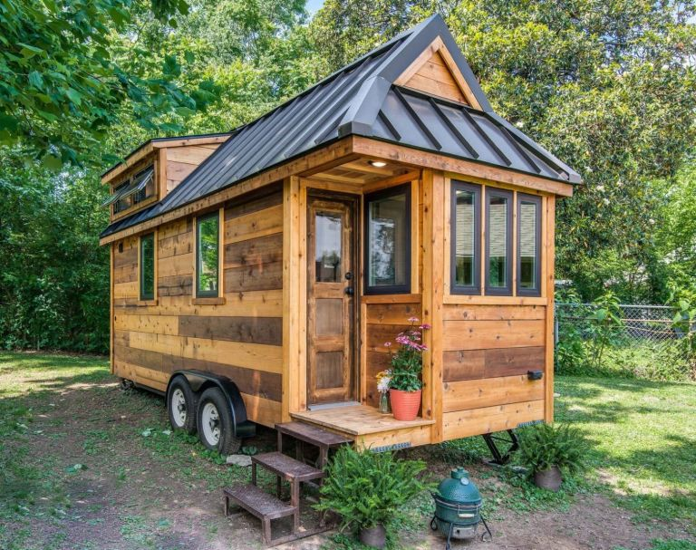 Tiny But Mighty - The Tiny House Movement