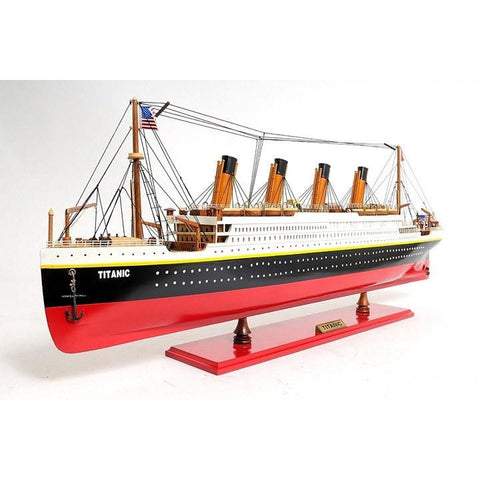 Titanic Model Ship