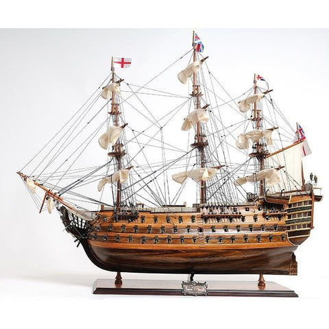 HMS Victory Model Ship, Exclusive Edition