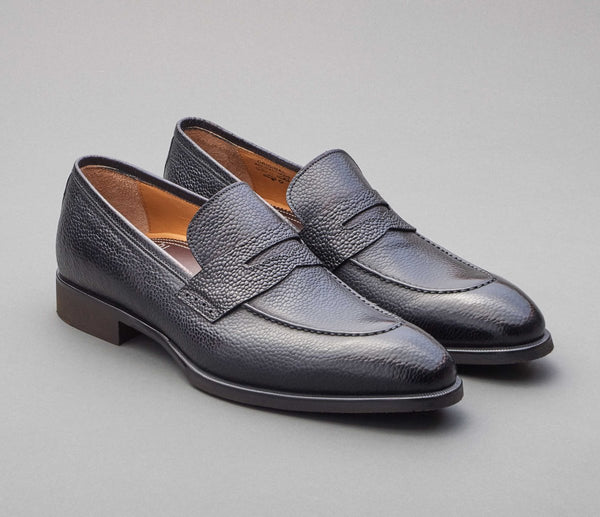 Scarpe Di Bianco Pebble Grain Loafer Black