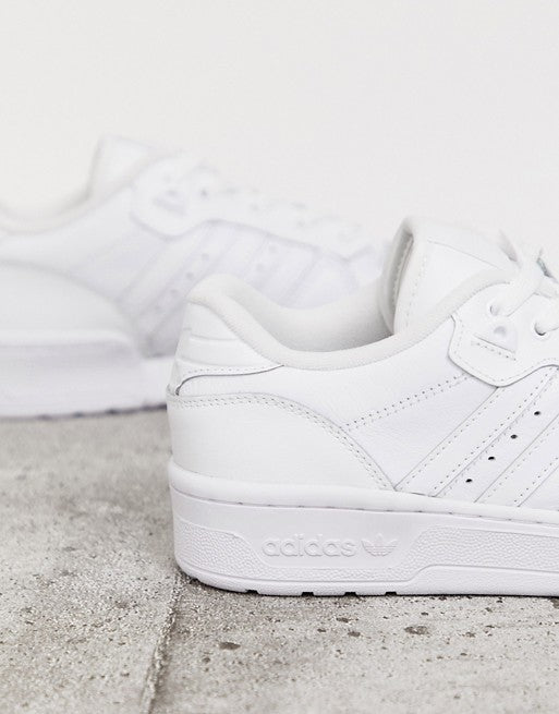 Rivalry Low Trainers In Triple White