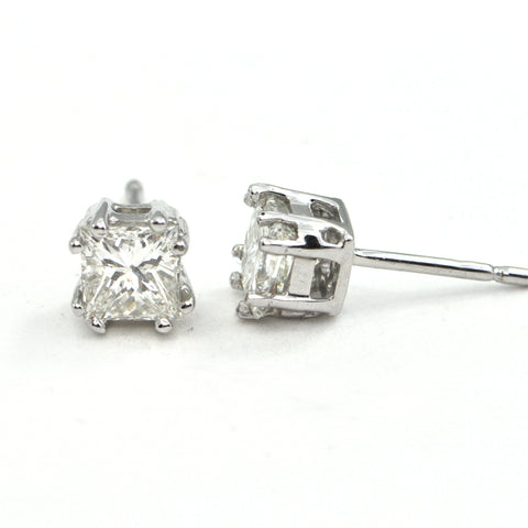 1.42 ct Diamond stud Princess Cut earrings - GIA certified - montreal jeweller - Daisy Exclusive