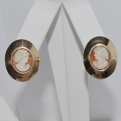 Vintage Shell Cameo Earrings in 14K Yellow Gold - Westmount, Montreal, Quebec