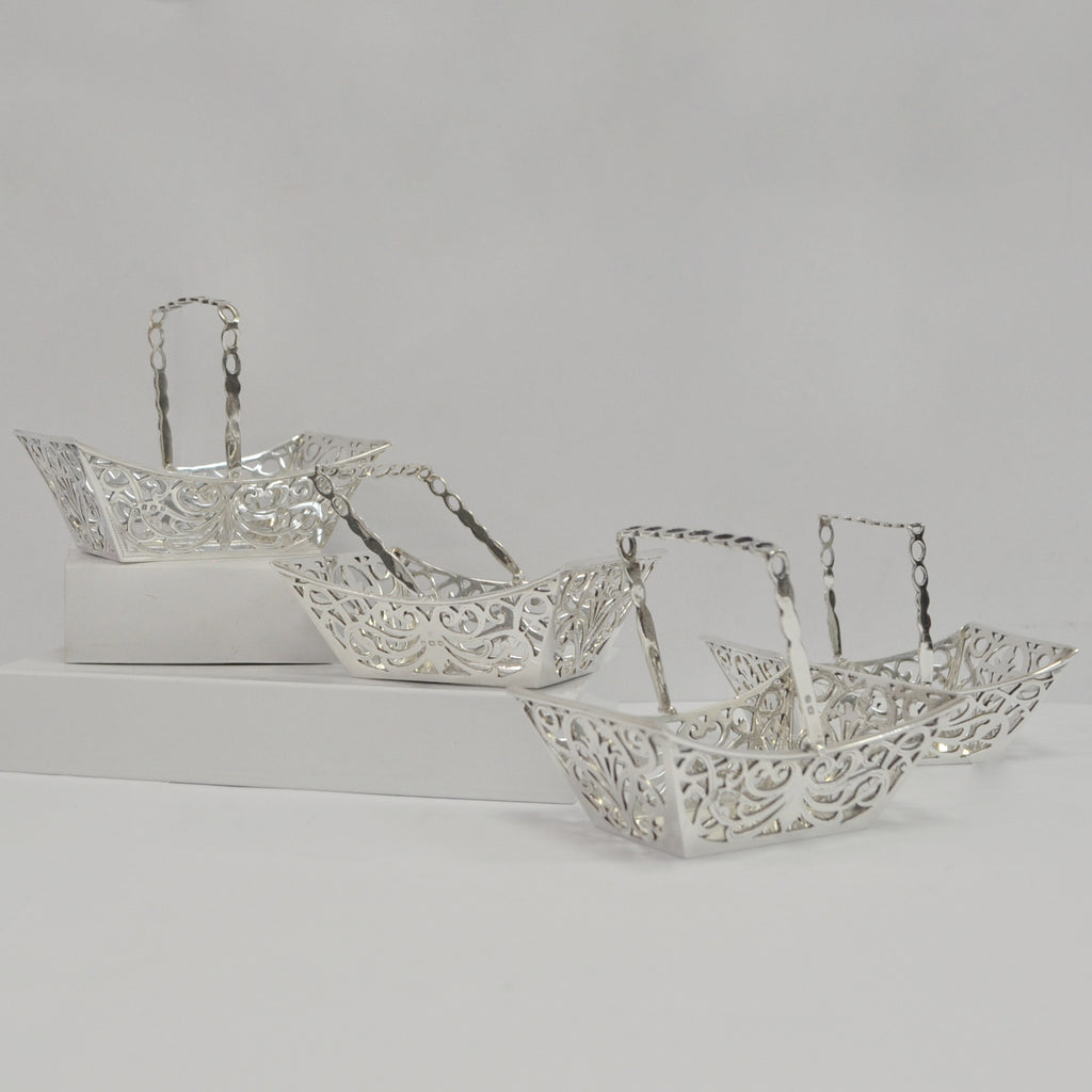 Sterling Silver Baskets - Westmount, Montreal - Daisy Exclusive