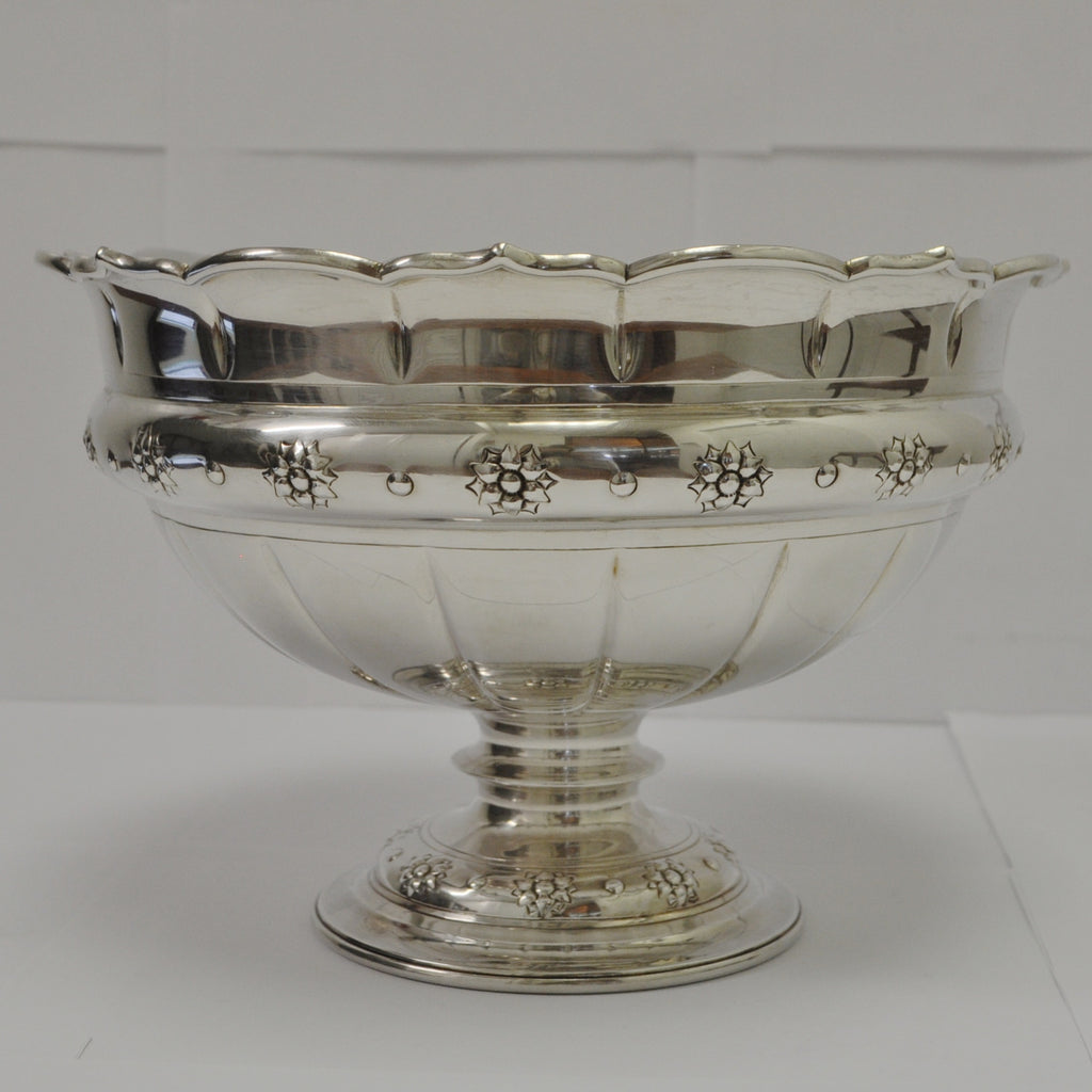 English Sterling Silver Bowl c. 1912 - Westmount, Montreal - Daisy Exclusive