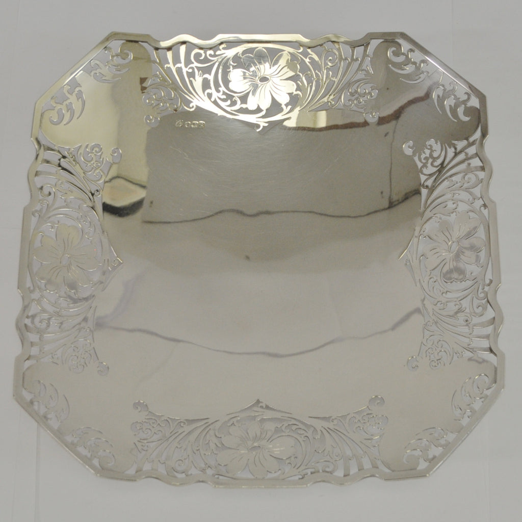 Sterling Silver Pierced Square Plate c.1959 Sheffield England - Westmount, Montreal - Daisy Exclusive