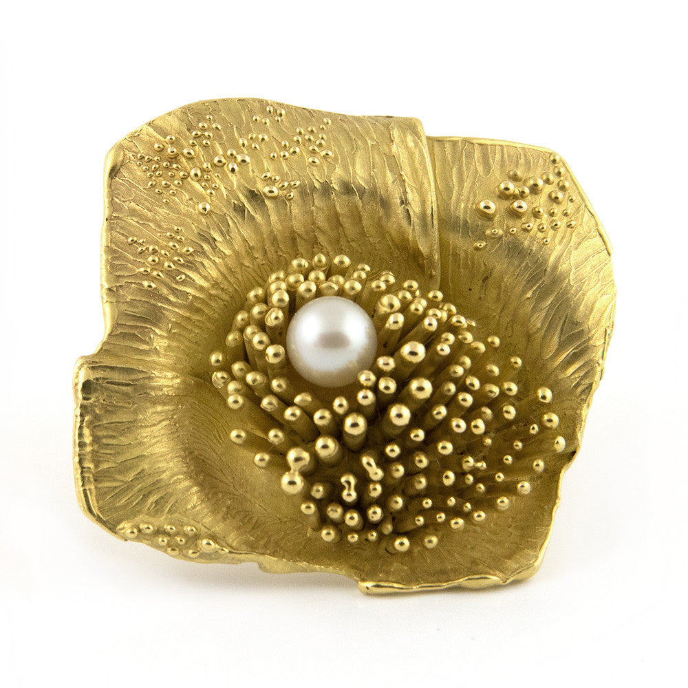 Walter SCHLUEP 18k Flower Gold and Pearl - Westmount, Montreal