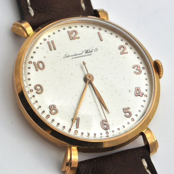 IWC Schaffhausen 18K Rose Gold watch Caliber 89 Circa 1947 - montreal vintage watches