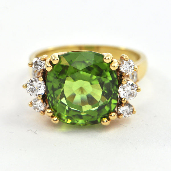 8.5 ct Peridot and Diamond ring circa 1970 - montreal estate jewellers
