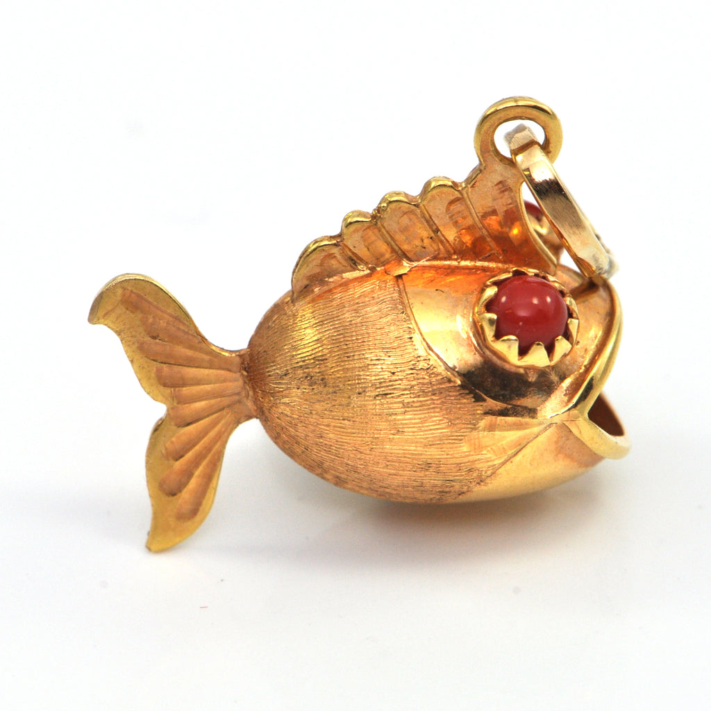 Vintage 14k charm - Coral eyed Blowfish - montreal estate jewellers