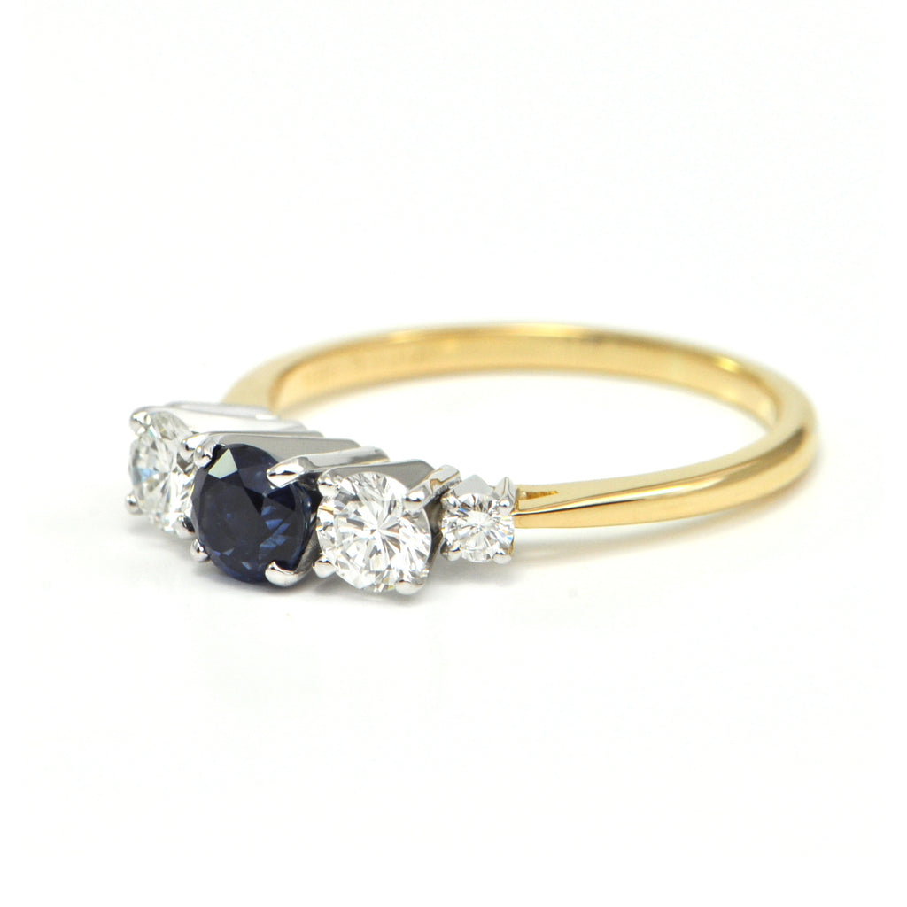 0.75 ct Sapphire and 0.65 ct Diamond ring Circa 1970 - montreal estate jewellers