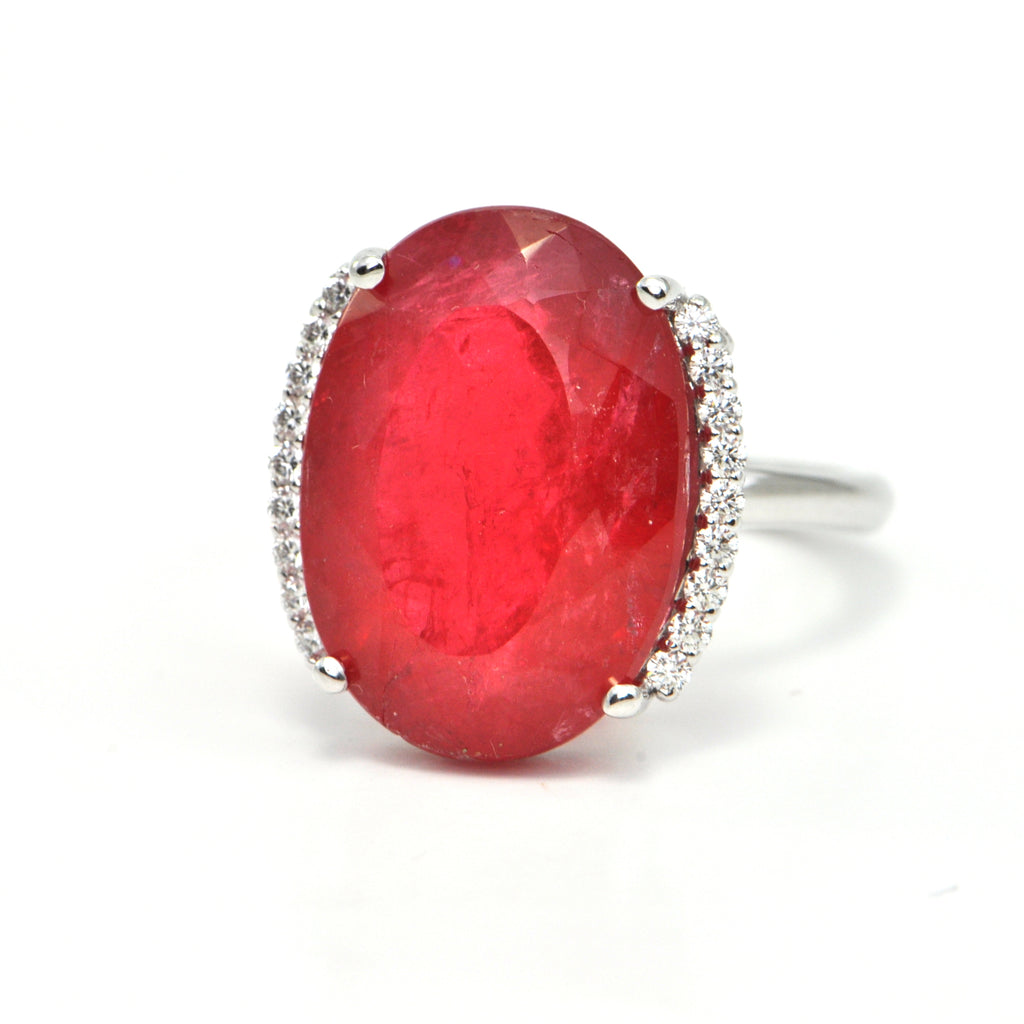 13.9 ct Rhodonite and 0.27 ct diamond ring - Montreal jewellery design