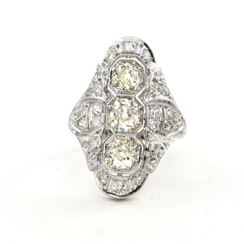 2.48 ct Edwardian Three stone losenge ring 18k Circa 1900 - montreal estate jewellers