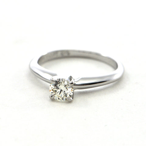 0.33 ct Internally Flawless Platinum & 18k Diamond Ring - GIA Certified - Montreal estate Jewellers