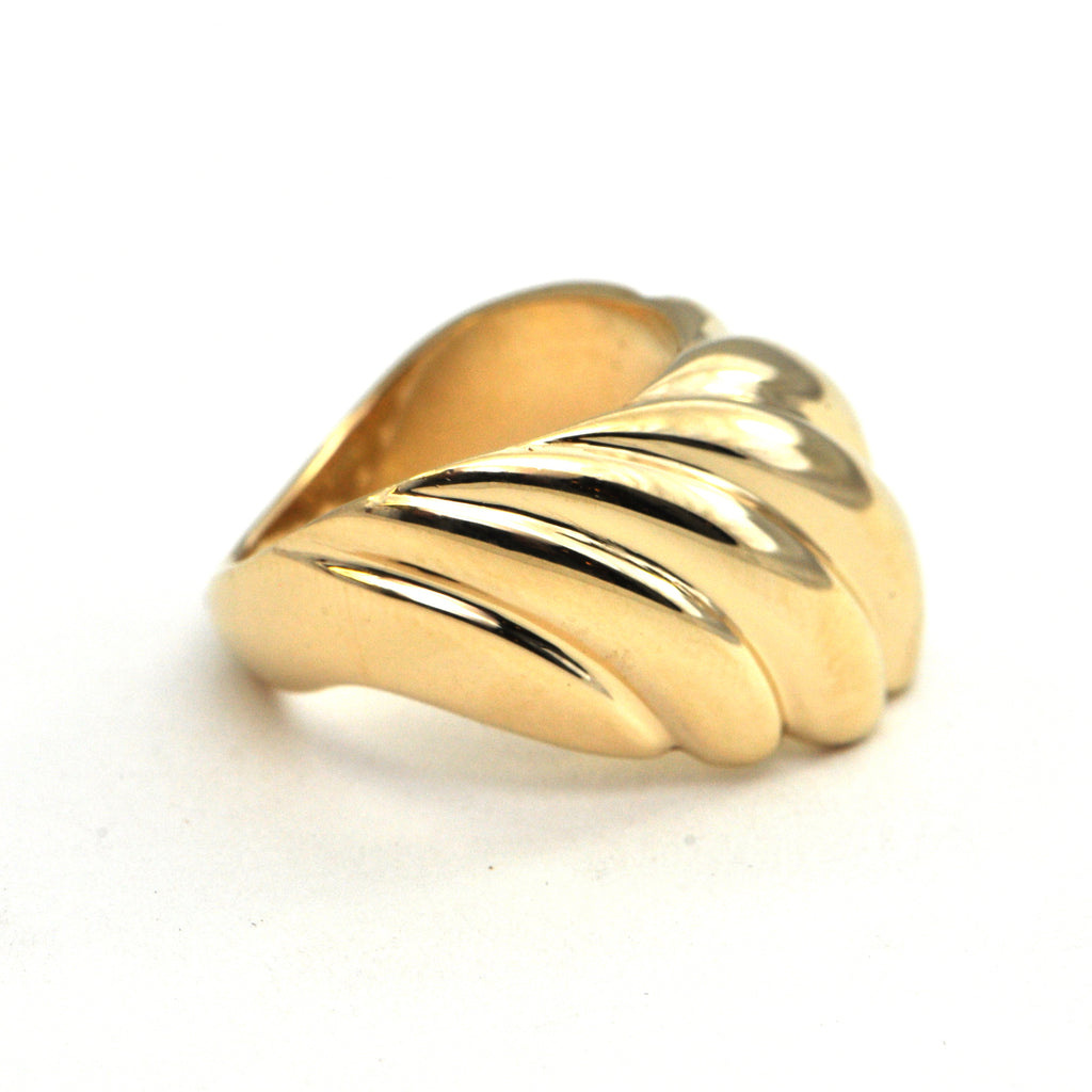 Walter SCHLUEP 18k feather ring - montreal estate jewellers