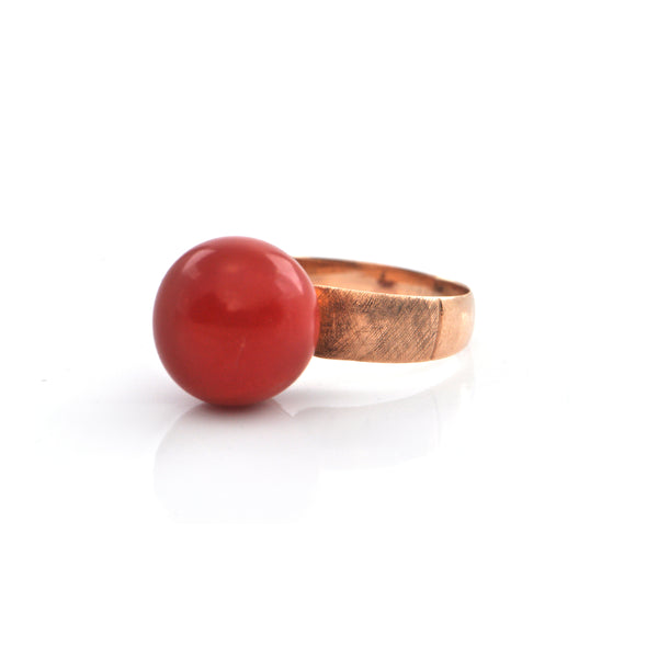 Antique Coral and 18K Gold Ring + Montreal Estate Jewelers