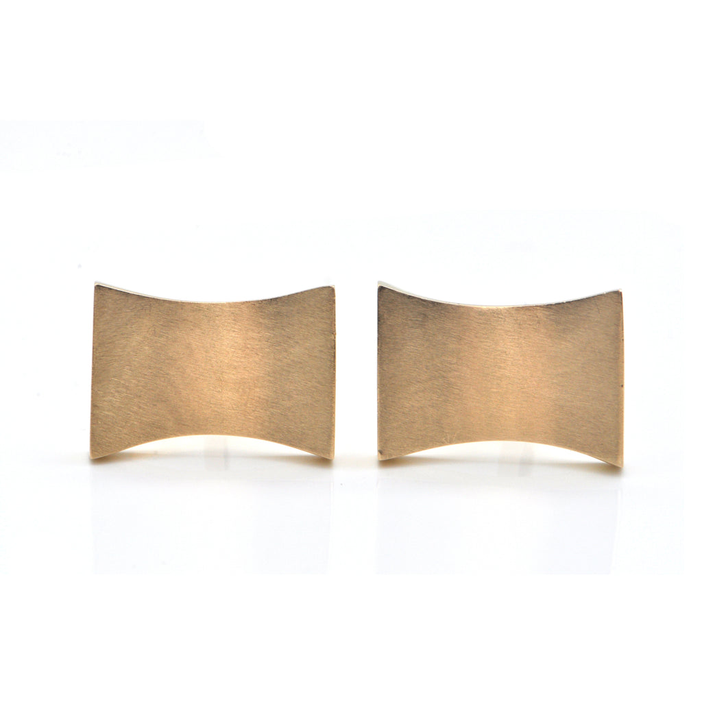 Vintage 18k Yellow Gold Curved Rectangular Cufflinks + Montreal Estate Jewelers