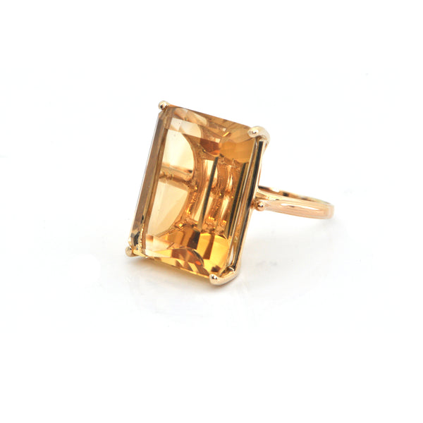 22.3CT Citrine and 14K Yellow Gold Ring + Montreal Estate Jewelers