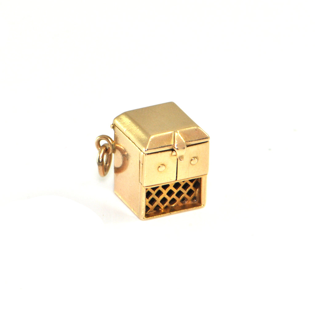 Vintage 14K Yellow Gold Record Player Charm + Montreal Estate Jewelers