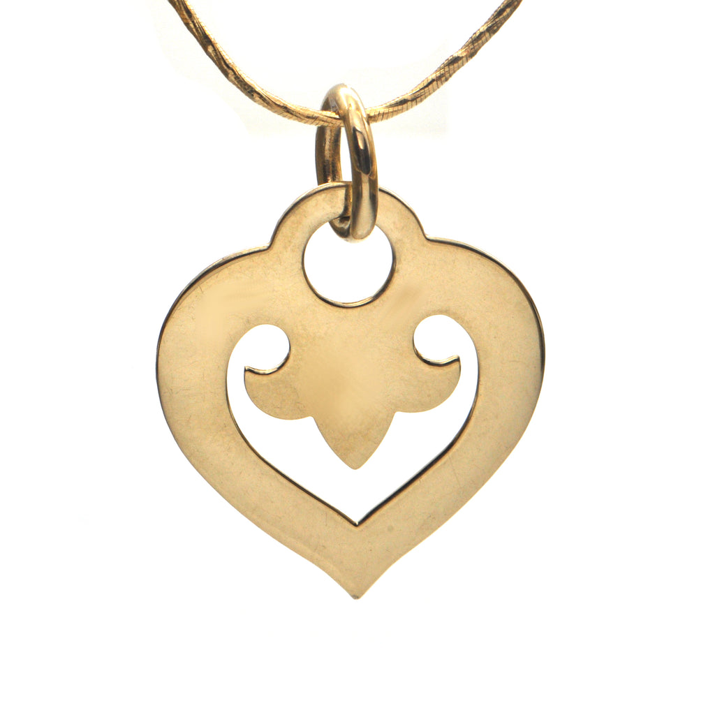O.J. Perrin 18K Yellow Gold Heart Pendant + Montreal Estate Jewelers