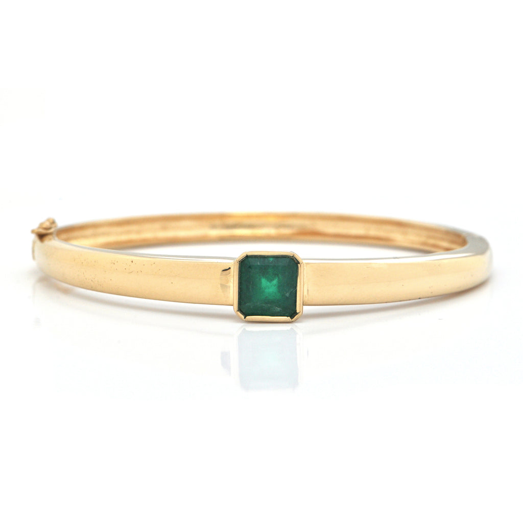 Vintage 3.05ct Emerald 15K Yellow Gold Bangle Bracelet + Montreal Estate Jewelers