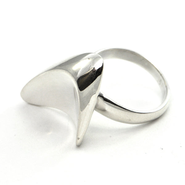 Georg Jensen Sterling ring #120 - Henning Koppel Circa 1950 - montreal estate jewellers