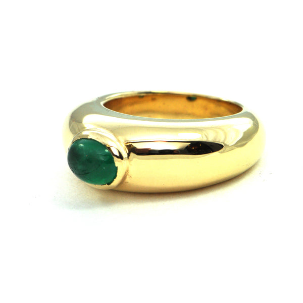 Large vintage emerald cabochon 18k gold ring circa 1970 - montreal estate jewellers