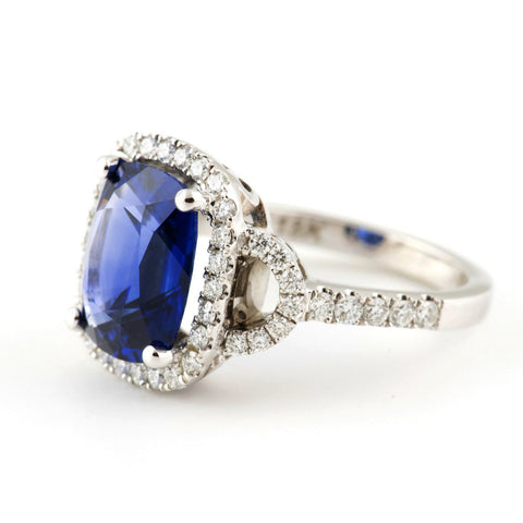 Daisy Royal Blue Sapphire Ring - Westmount, Montreal