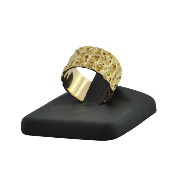 Vintage Textured 14K Yellow Gold Ring + Montreal Estate Jewelers