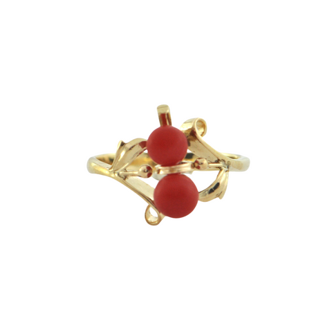 Retro Coral 14K Yellow Gold Ring  + Montreal Estate Jewelers