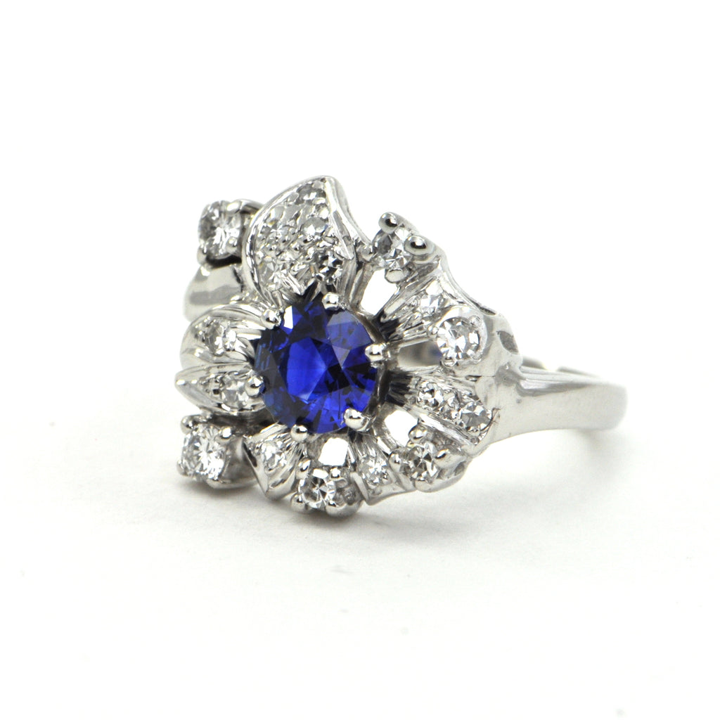 0.85 ct Royal Blue Sapphire and 0.52 ct Diamond Art Deco Platinum Setting - daisy exclusive - montreal jeweller