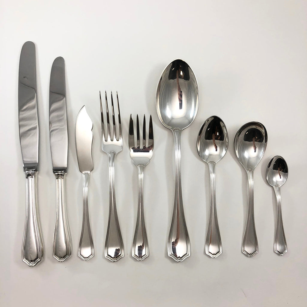 Henry Birks and Sons Georgian Plain silverware - Westmount, Montreal - Daisy Exclusive