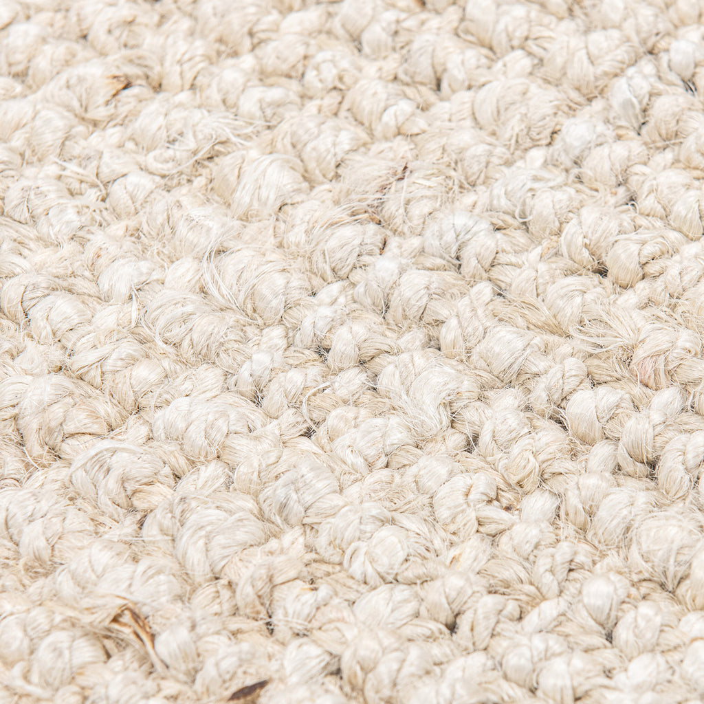 Georgetown Chunky Jute Boucle Natural Rug With Tassels In White - 70 x 140