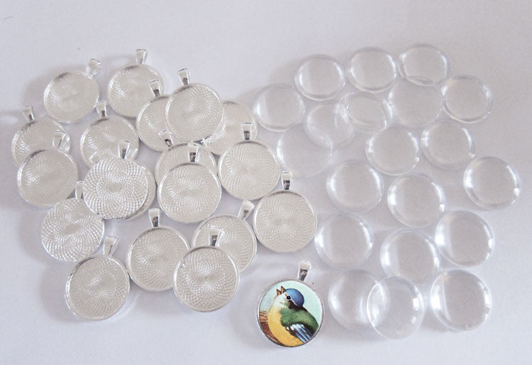 "20 Pack Glass Dome Photo Jewelry Silver Circle Pendant 1 1/4"" Photo Jewelry"