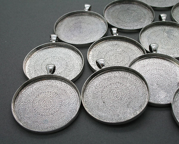 10 Pack 38mm Round Circle Pendants Antique Silver No Glass - Photo Jewelry Making