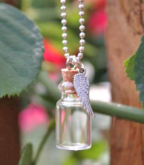 10 Pack Mini Glass Trinket Bottles w/ Ball Chains & Angel Wing Charms