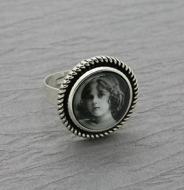 Makes 10 Round Silver Adjustable Photo Ring Kit 16mm
