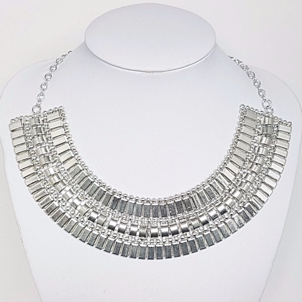 Lizzie Collar Cuff Necklace - Silver