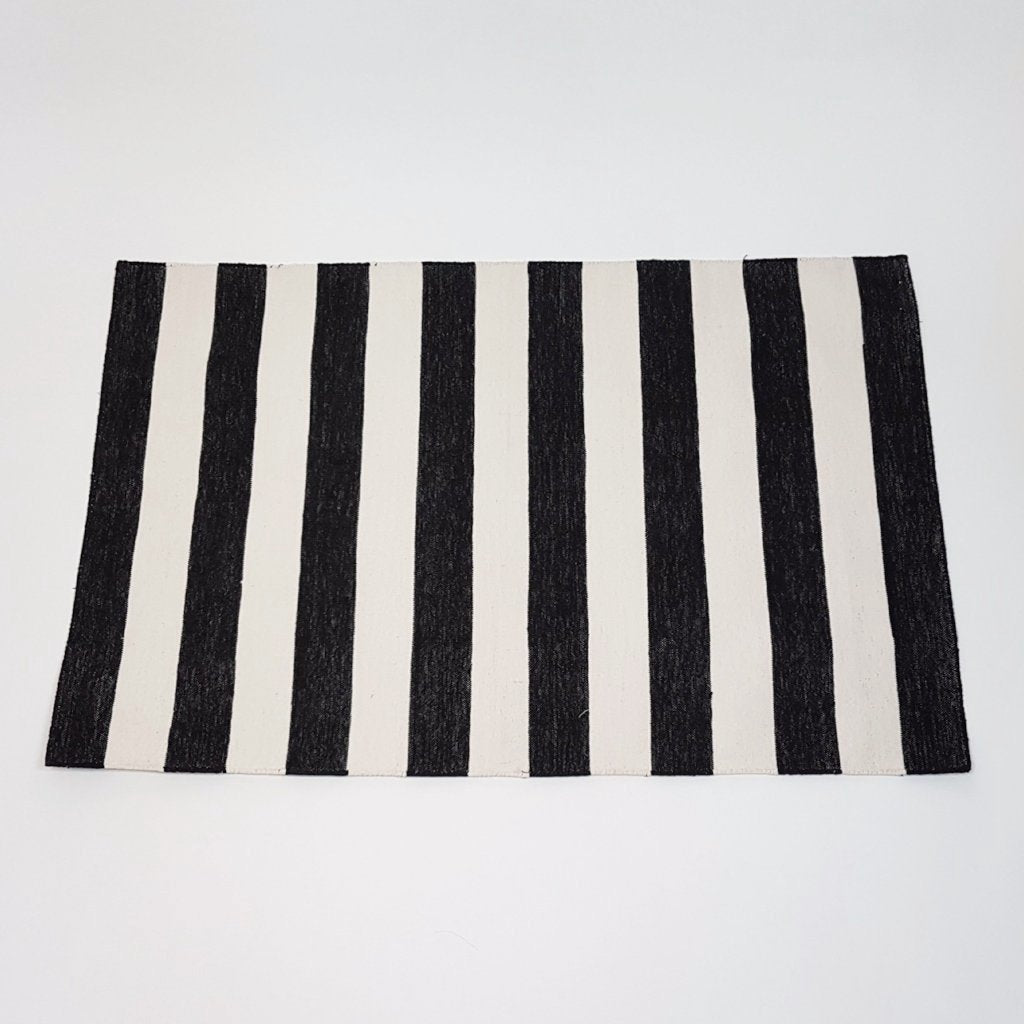 hot haveli caelan handwoven dhurrie rug mono black and ivory stripes 3